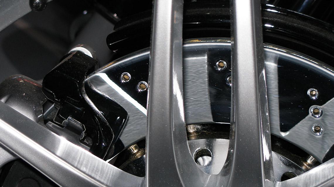 disques et plaquettes de freinage